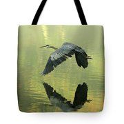 Great Blue Fly-by Tote Bag