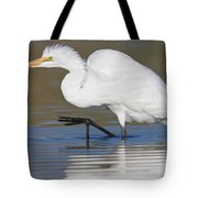 Great Egret With Leg Up Tote Bag