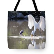 Great White Egret Fishing Sequence 4 Tote Bag