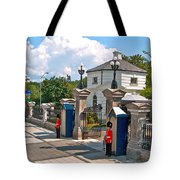 Guards At Queen's Gate In Ottawa-on Tote Bag