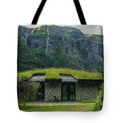 Gudvangen Norway Style Sunroof Tote Bag