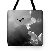 Gull In Flight Mb059bw Tote Bag