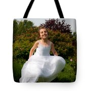Here She Come Running Tote Bag