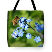 Honey Bee On Forget-me-not Flowers Tote Bag