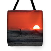 Honolulu At Sundown Tote Bag