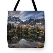Horseshoe Lake Cloud Dramatic Tote Bag