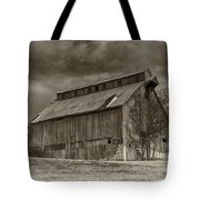Huber Ferry Barn Osage County Mo Dsc00720 Tote Bag