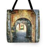 Hung Temple Arches Tote Bag