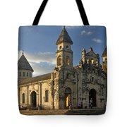 Iglesia De Guadelupe In Granada Nicaragua Tote Bag