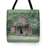 In The Middle Of Nowhere Tote Bag