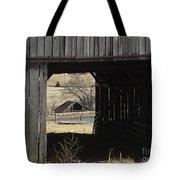 Barn - Kentucky - Inside Treasure Tote Bag