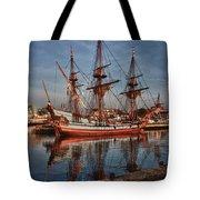 Kalmar Nyckel At Anchor In Salem Ma Tote Bag