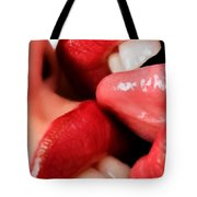 Kiss 1 Tote Bag