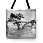 La Snow To Surf Race Tote Bag