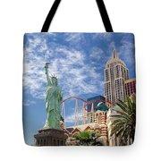 Lady Liberty In Vegas Tote Bag