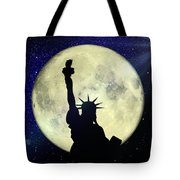 Lady Liberty Nyc - Featured In Comfortable Art Group Tote Bag