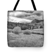 Lamar Valley Looking Towards Specimen Ridge Bw- Yellowstone Tote Bag