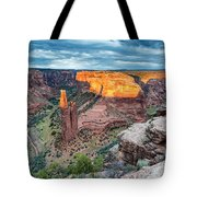Last Light On Spider Rock Canyon De Chelly Navajo Nation Chinle Arizona Tote Bag