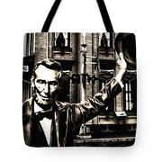 Lincoln Arriving At Gettysburg Tote Bag