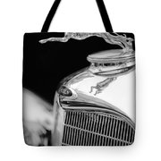 Lincoln Hood Ornament - Grille Emblem -1187bw Tote Bag