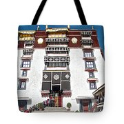 Line Of Pilgrims And Tourists Entering Former Living Quarters Of Dalai Lama In Potala Palace-tibet Tote Bag
