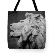 Lion Of The Art Institute Chicago B W Tote Bag