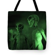Aliens And Ufo 6 Tote Bag