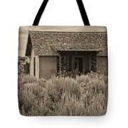 Little House In The Sage Bw Tote Bag