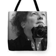 Looking Up - B/w Tote Bag