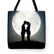 Lovers In Front Of A Full Moon Tote Bag