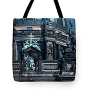 Low Angle View Of A Church, Berliner Tote Bag