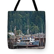 Low Tide Fishing Boat Tote Bag
