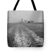 Lower New York In Black And White Tote Bag