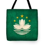 Macau Flag Vintage Distressed Finish Tote Bag