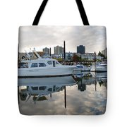 Marina On Willamette River In Portland Oregon Downtown Tote Bag