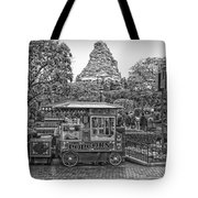 Matterhorn Mountain With Hot Popcorn At Disneyland Bw Tote Bag