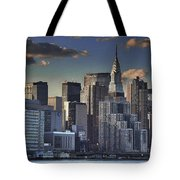 Mid Manhattan In Hdr Tote Bag
