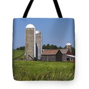 Middlebury Vermont Barn Tote Bag