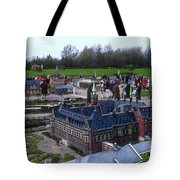 Miniature Friedenspalast Tote Bag