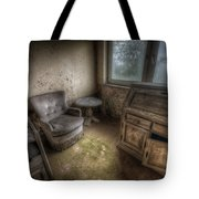 Mold Corner Tote Bag