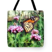 Monarch Butterfly On Pink Lantana Tote Bag