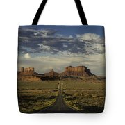 Monument Valley Panorama Tote Bag