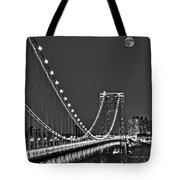 Moon Rise Over The George Washington Bridge Bw Tote Bag