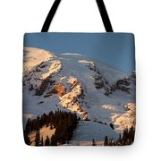 Mount Rainier Alpenglow Tote Bag