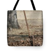 Mountain Bluebird On Well Pump V Tote Bag