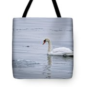 Mute Swan Pictures 131 Tote Bag
