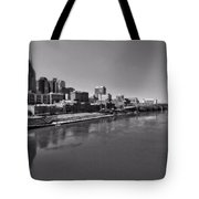 Nashville Skyline In Black And White At Day Tote Bag