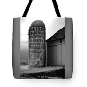 Near Infrared Old Michigan Barn With Silos Bw Usa Tote Bag