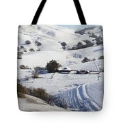 Never Snows In California Tote Bag