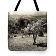 New Blooms In North Carolina Tote Bag
